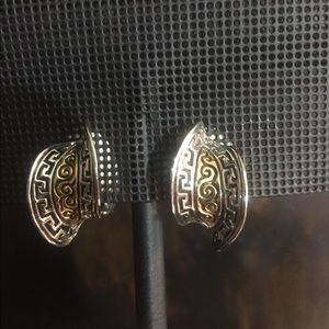 Fashion Gold and Silver Clip on Earrings.